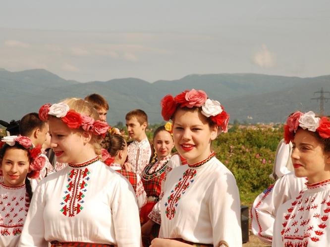 Beim Rosenfest in Bulgarien